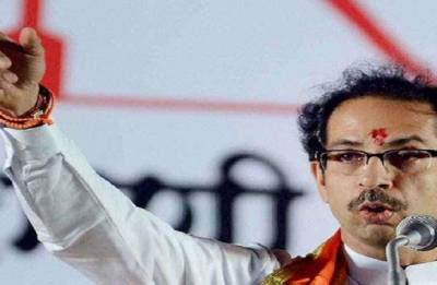 No-trust: Sena compares Modi to France, Rahul to Croatia