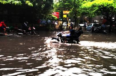 Parts of Delhi inundated as heavy rains lash city