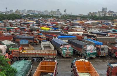 Truckers call off strike after government assurance to look into demands