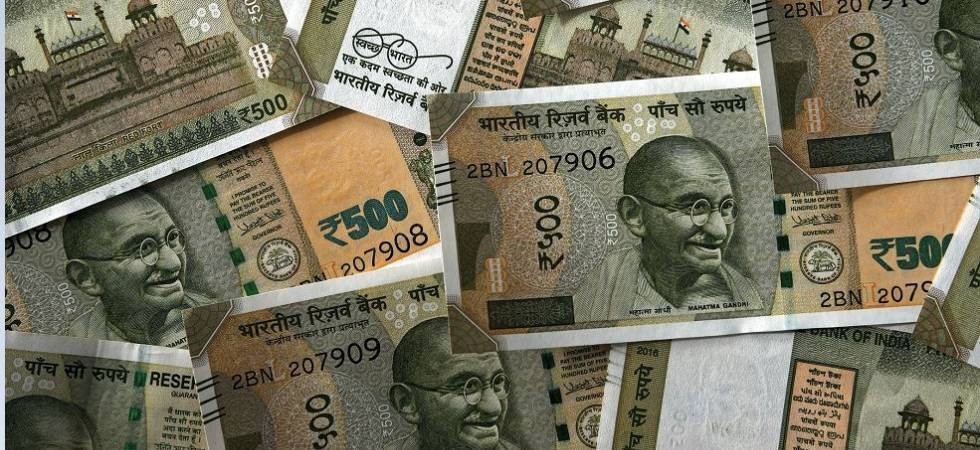 Rupee holds at 1-week high against Dollar, stocks break records (File photo)
