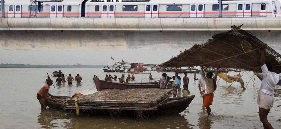 Flood scare in Delhi as Yamuna water level crosses danger mark; evacuation begins