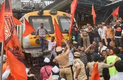 Marathas threaten 'jail bharo andolan'; demand CM Fadnavis' resignation
