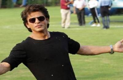SRK lauds Assam police to use his pose for road safety