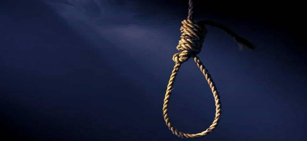 Couple commits suicide in southeast Delhi (Representative Image)