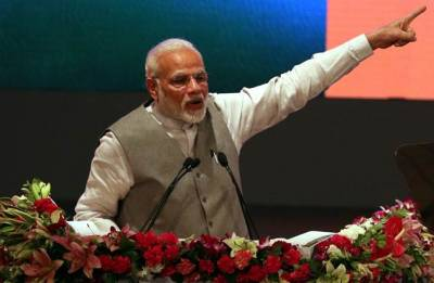 How significant is PM Modi's caution against treating all industrialists as 'chors'