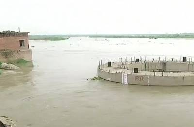 Yamuna water level rises to 206.05 metres, forces nearly 14,000 to evacuate to safer places