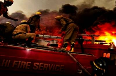 Fire breaks out at cold storage in Delhi