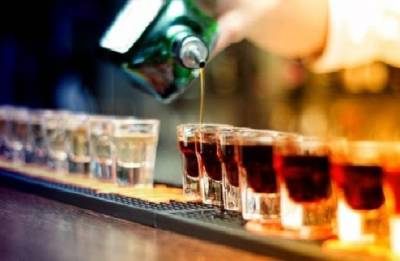 Teetotallers, like big drinkers, more prone to dementia