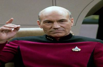 Patrick Stewart to reprise Captain Picard role in new 'Star Trek' series