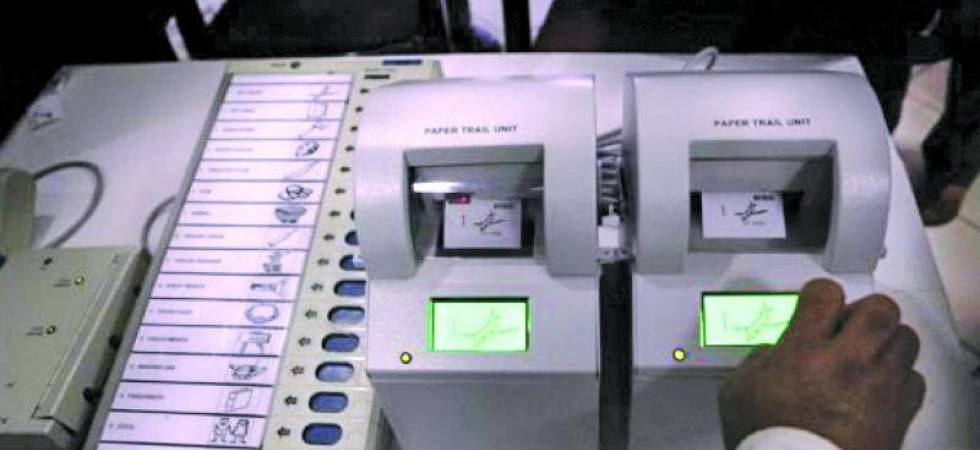 Paper trail machines don't click pictures: EC to voters (File Photo)