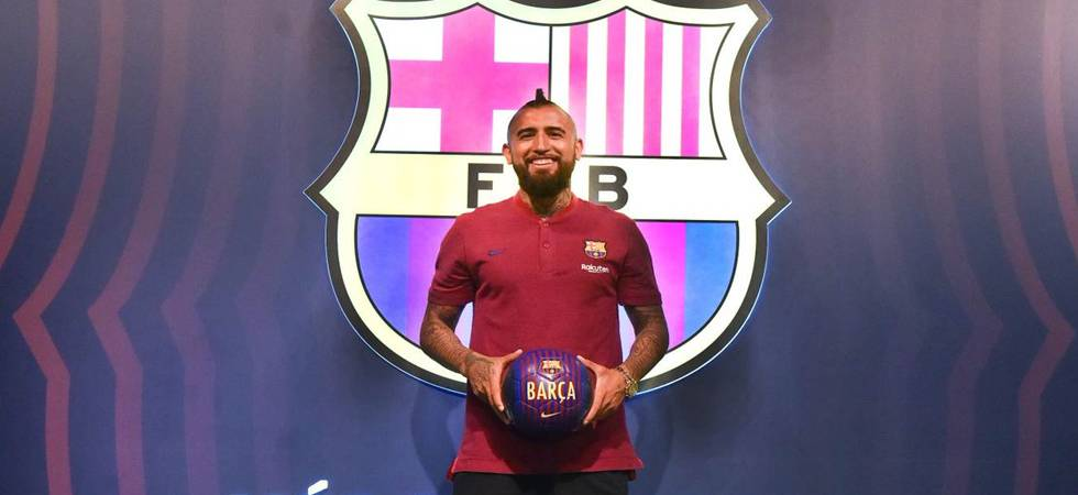 I am here to win all the trophies, says Arturo Vidal after Barcelona unveiling  (Photo: Barcelona Twitter)