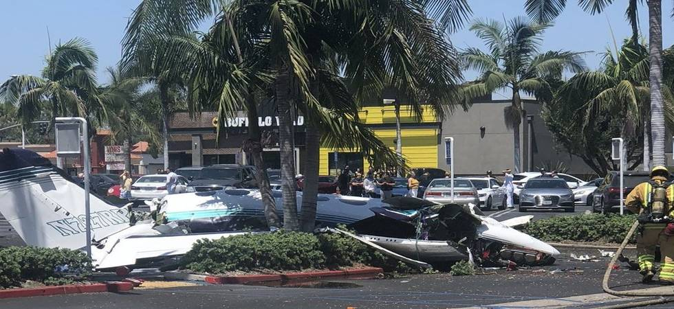California: Five killed as plane crashes in shopping mall (Photo:Twitter)