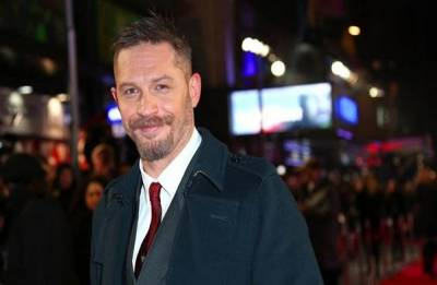 Tom Hardy is the guy to play Venom, says Topher Grace
