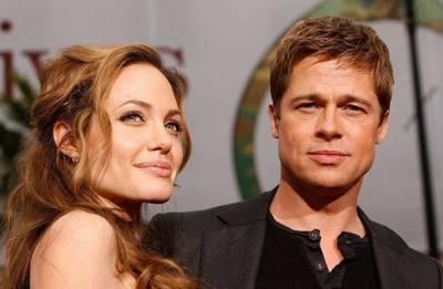 Brad Pitt says he has given Angelina Jolie Pitt millions since split