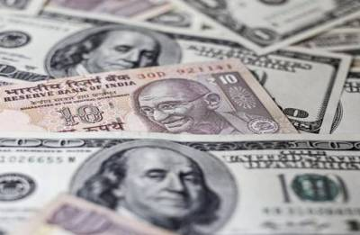 Rupee spurts 6 paise against US dollar