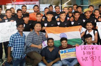 India Under 20 football team returns home, welcomed by emphatic fans