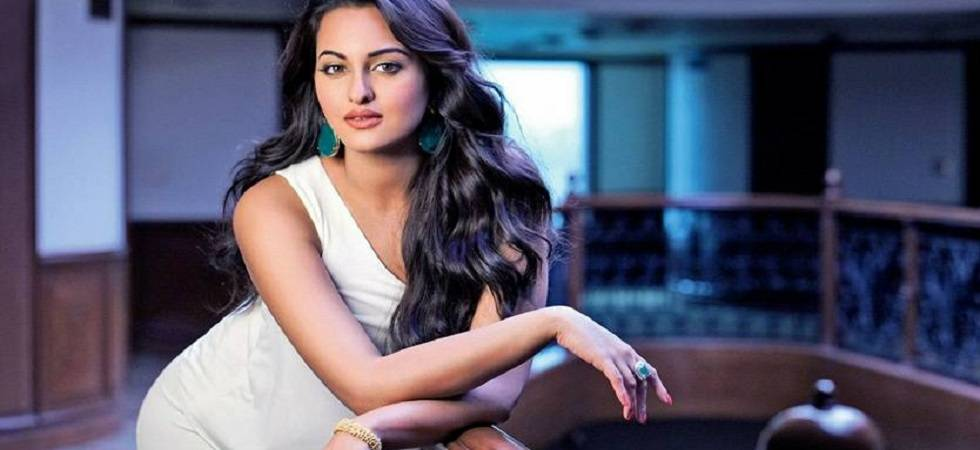 It's shocking no one's offered me dance film yet: Sonakshi Sinha (Photo: Facebook)