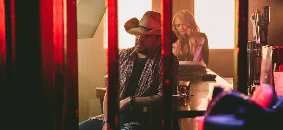 Time to drown easy in 'Drowns the Whiskey' with Jason Aldean and Miranda Lambert! (Photo: ScreenGrab)