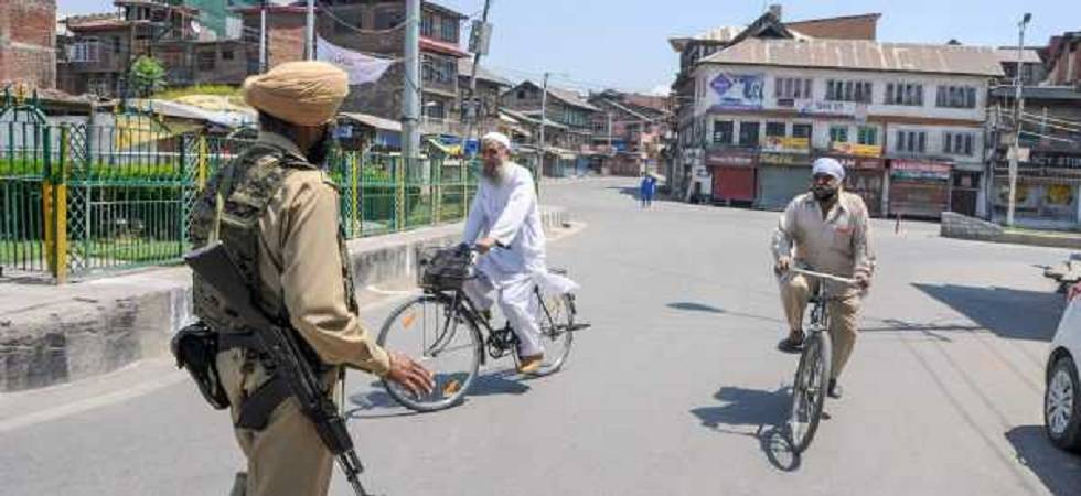 Independence Day 2018: Internet, mobile services resume in Kashmir (File Photo- PTI)