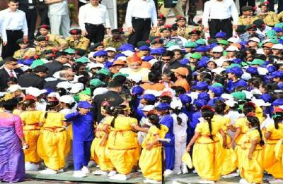 School girl collapses during PM Modi I-Day speech at Red Fort, rushed to hospital