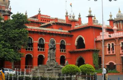 Faculty cannot pursue full time course while teaching; Madras HC