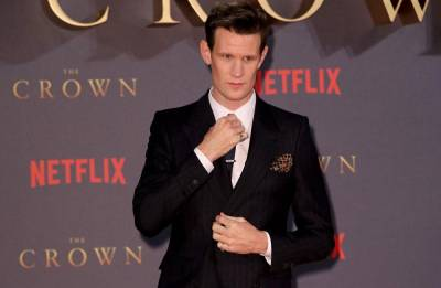 Matt Smith advised Tobias Menzies to ensure salaries 'are even' on 'The Crown'
