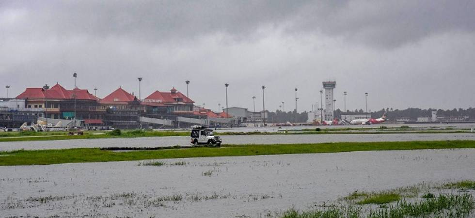 Kerala Floods LIVE: Rain abates; thousands yet to be rescued (Photo Source: PTI)