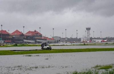 Commercial flight operations begin from Kochi Naval airport