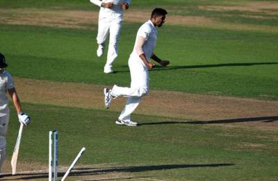 India vs England, 3rd Test: England faces final-day defeat as India just a wicket away from victory