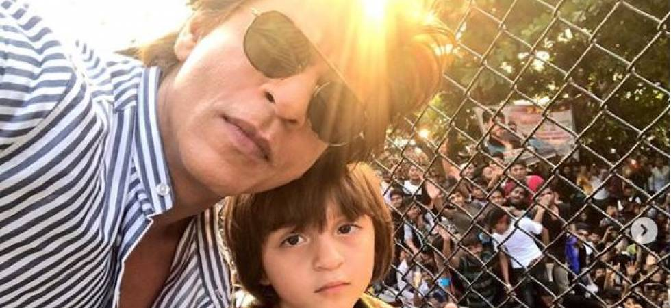 Shah Rukh Khan with his cute munchkin AbRam wishes Eid Mubarak (Photo: Instagram/Shah Rukh Khan)