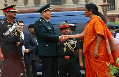 India, China decide to improve communication between their armies