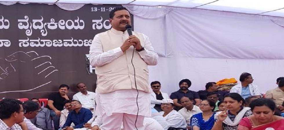 Vijayapura's BJP MLA Basanagouda Patil Yatnal (Photo: Facebook)