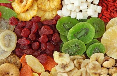 Dried fruits: Why you should opt for nuts as an alternative snack