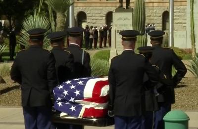 Final farewells to John McCain begin at Arizona Capitol