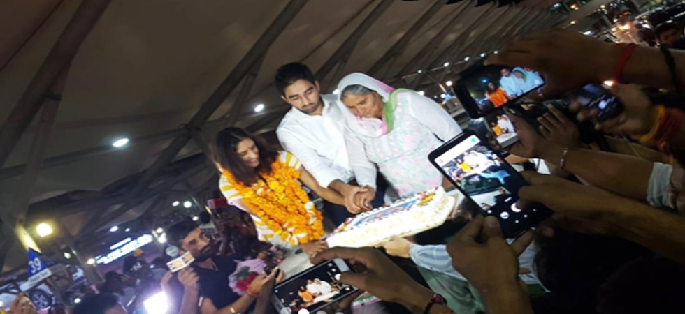 Vinesh Phogat gets engaged at Delhi airport after winning gold medal at Asiad