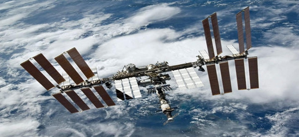 Space station reports 'leak', crew not in danger (Photo- Twitter/@JesseStamps)