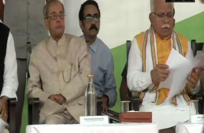 After denying collaboration with RSS, Pranab Mukherjee shares dais with Haryana CM Manohar Lal Khattar