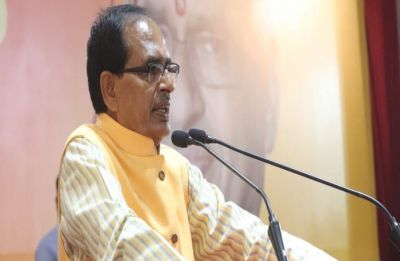 Attacked with stones and slippers, Shivraj Singh Chouhan says 'Congress thirsty for my blood'