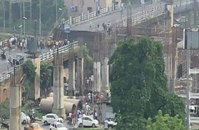 Kolkata Bridge Collapse: One dead, 19 injured; CM Mamata Banerjee orders probe