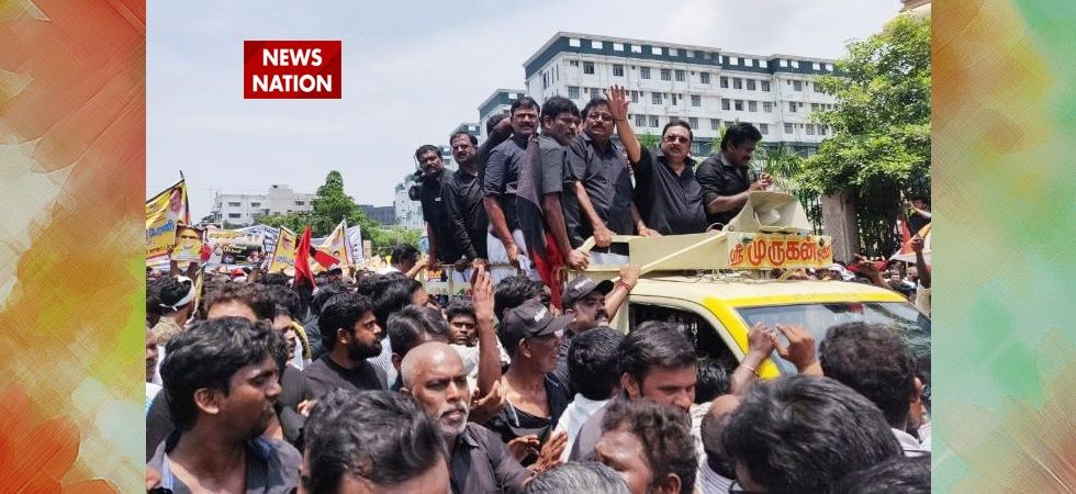 MK Alagiri holds silent rally to pay homage to late Karunanidhi (File Photo)