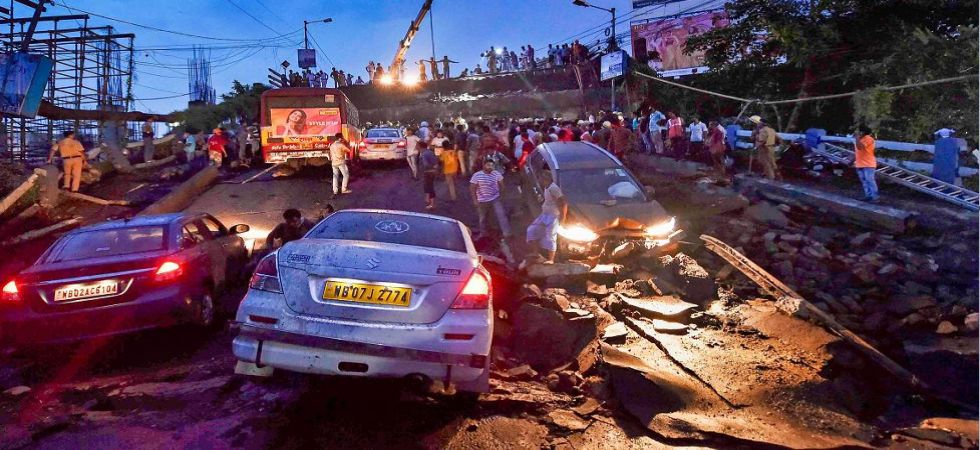 Majerhat bridge collapse: 1 dead, 21 injured; rescue operation on (Photo Source: PTI)