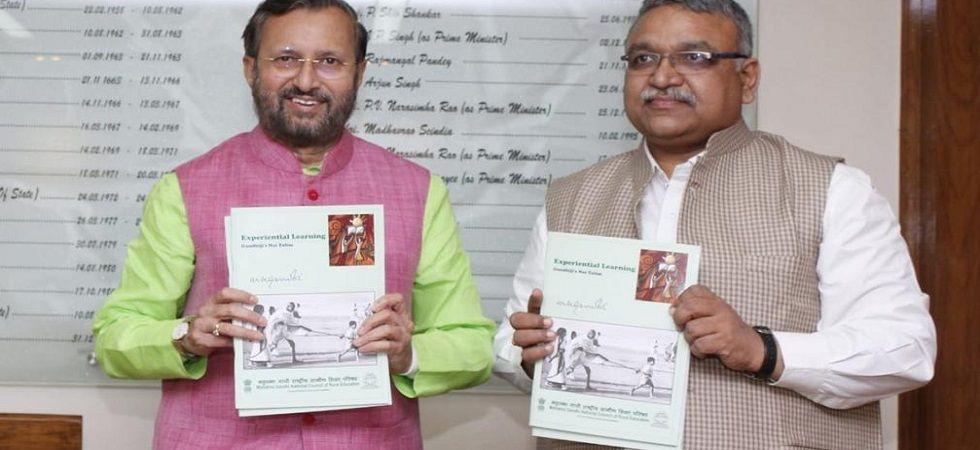 Prakash Javadekar releases book on Mahatma Gandhi's 'Nai Talim' (Photo: Twitter)
