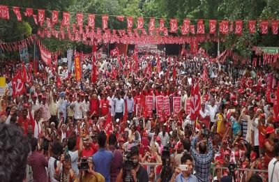 Mazdoor Kishan Sangharsh rally affects traffic in Delhi