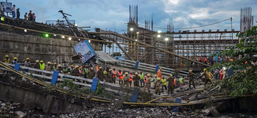 Majerhat bridge collapse: Death toll rise to 3 in Kolkata tragedy; NDRF ends operation (Photo Source: PTI)