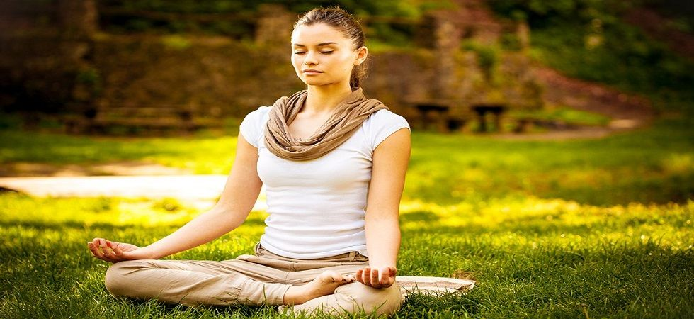 Kapalbhati: How to detoxify your brain with yoga (Photo:Twitter)