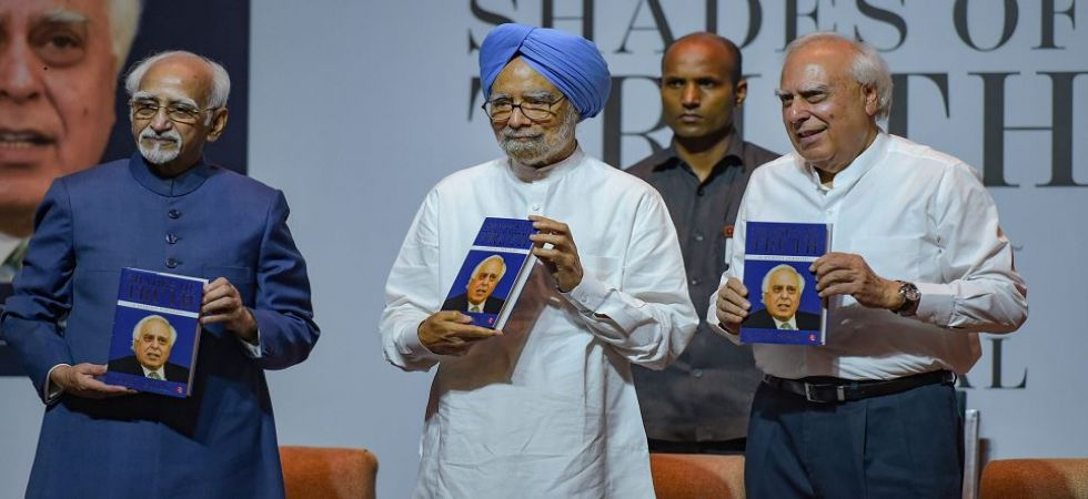 Manmohan Singh criticises PM Modi on his 2014 poll promises (Photo Source: PTI)