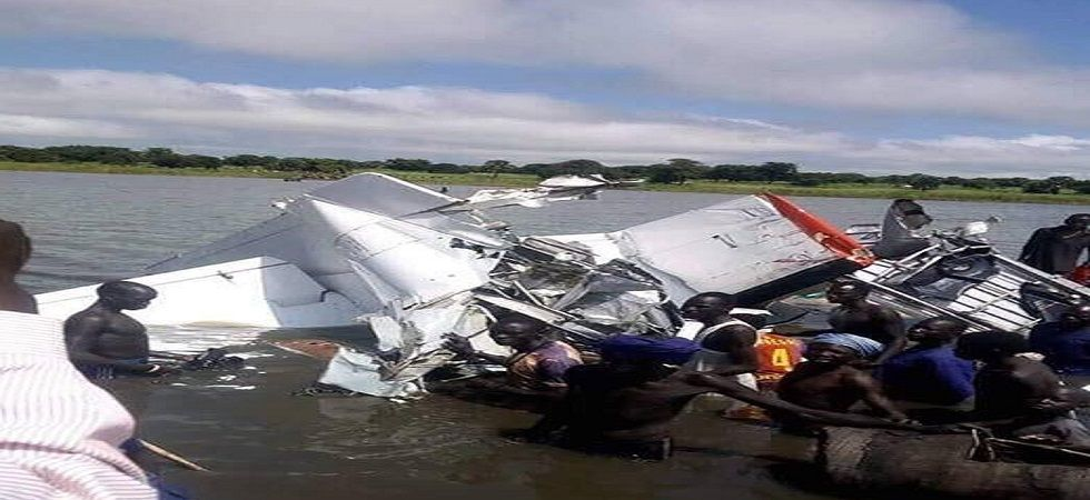 Plane crash kills 19 in South Sudan, four survive (Photo- Twitter/@MakoiMajak