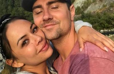 Janel Parrish and longtime boyfriend Chris Long tie the knot in Waikane
