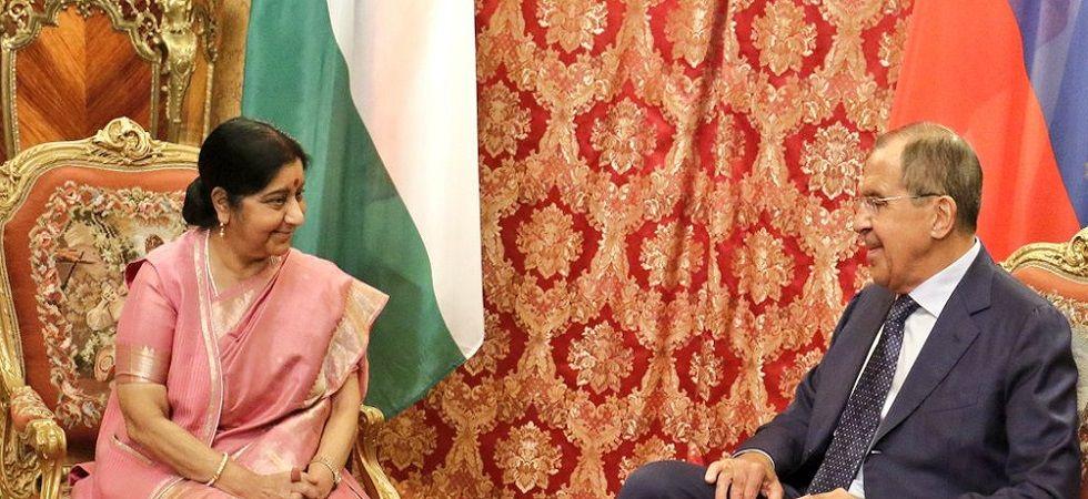 Sushma Swaraj meets Russian FM Lavrov in Moscow (Photo- Twitter/@MEAIndia)