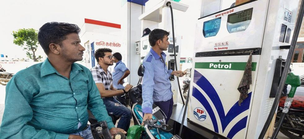 Petrol price crosses Rs 81 mark, diesel inches up to Rs 73.30 in Delhi (Photo Source: PTI)